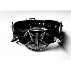 Pentagram cross spikes collar
